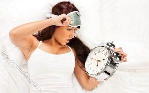 bệnh mất ngủ gây ra nhiều biến chứng