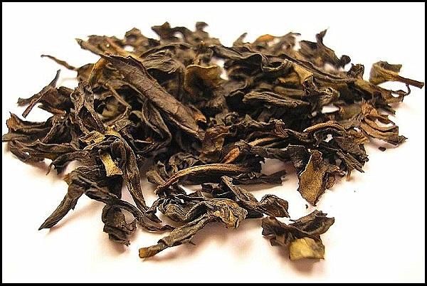 lá trà ban đầu chỉ dùng để chữa bệnh