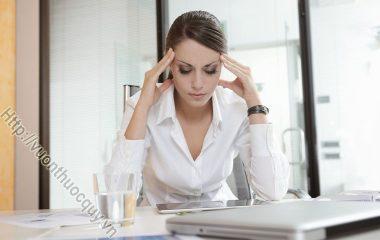 Biến Chứng Của Bệnh Huyết Áp Thấp rất nguy hiểm, những biến chứng như: cơ thể bị suy nhược, stress, hoa mắt chóng mặt, đau thắt ngực, nhồi máu cơ tim...