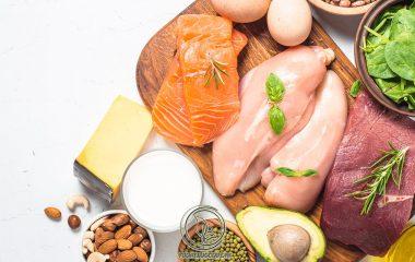 Thịt là một trong những thực phẩm tươi ngon, chứa nhiều giá trị dinh dưỡng cần thiết cho mọi đối tượng. Tuy nhiên, ở một số đối tượng lại cần có một chế độ kiêng kẽm hợp lý để không làm ảnh hưởng nhiều đến quá trình điều trị bệnh...