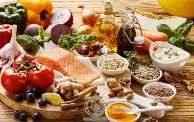 Bên cạnh việc áp dụng các phương pháp điều trị chuyên biệt, vệ sinh đúng cách và xây dựng thói quen sinh hoạt phù hợp, bệnh nhân bị viêm niệu đạo nên duy trì chế độ ăn uống lành mạnh, lựa chọn các thực phẩm giàu dinh dưỡng...