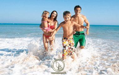 Tắm biển là một trong những cách thư giãn, xua tan cảm giác oi bức khó chịu vào những chiều hè. Thế nhưng với những người bị vảy nến việc tắm biển cần được đắn đo suy nghĩ rất nhiều vì sợ ảnh hưởng không tốt đến tình trạng bệnh...