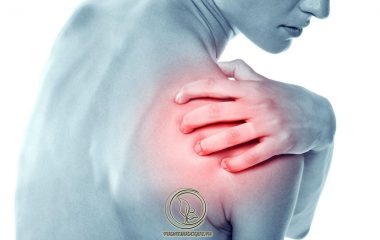 Bị trật khớp vai khi ngủ gây ra những cơn đau nhức khó chịu. Tuy nhiên, tình trạng này không gây nguy hại cho tính mạng. Nếu áp dụng phương pháp điều trị phù hợp, trật khớp vai sẽ khỏi sau vài tuần...